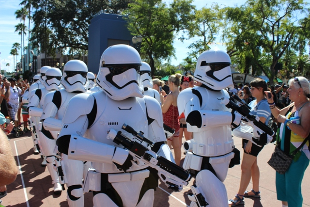 Stormtroopers Show Hollywood Boulevard Hollywood Studios ...